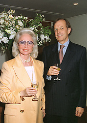 BARON & BARONESS VON NIDDA at a dinner in London on April 28th 1997.LXZ 7