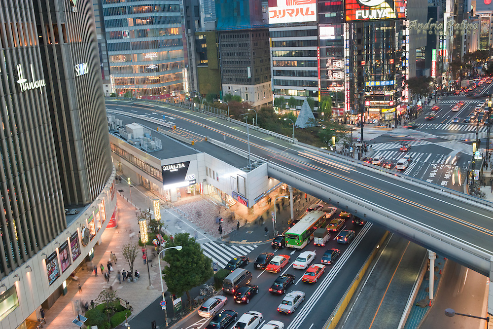 Overview of traffic, Ginza Tokyo