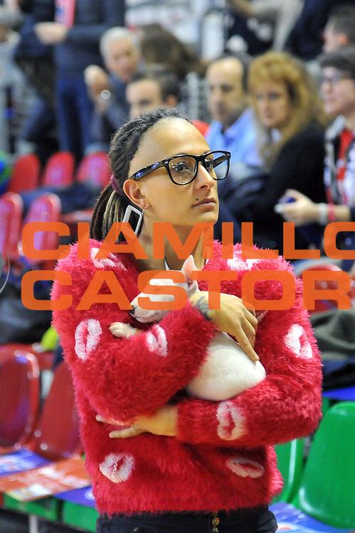 DESCRIZIONE : Casale Monferrato LNP Gold 2014-15 Angelico Biella Novipiu Casale Monferrato<br /> GIOCATORE : Tifosi<br /> CATEGORIA : tifosi curiosita<br /> SQUADRA : Novipiu Casale Monferrato<br /> EVENTO : Campionato LNP Gold 2014-15<br /> GARA : Novipiu Casale Monferrato Angelico Biella<br /> DATA : 07/12/2014<br /> SPORT : Pallacanestro<br /> AUTORE : Agenzia Ciamillo-Castoria/S.Ceretti<br /> Galleria : Casale Monferrato LNP Gold 2014-15 Angelico Biella Novipiu Casale Monferrato<br /> Predefinita :