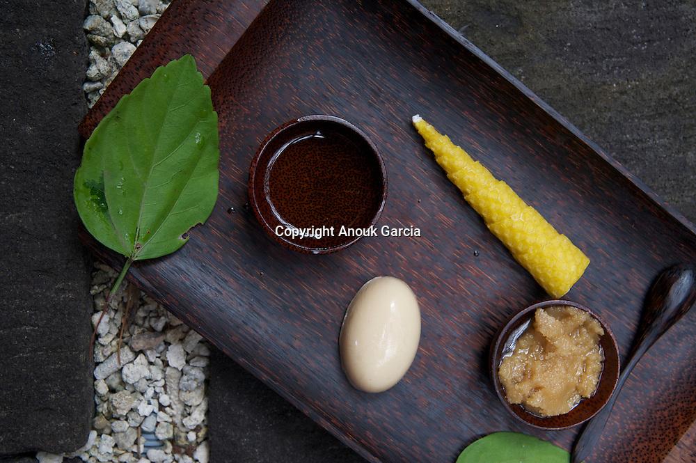 Lakaz Chamarel Exclusive Lodge | Le lodge de Lakaz Chamarel. Spa. Gommage corps à la canne à sucre et au miel.
