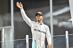 Sieger und Vizeweltmeister Lewis Hamilton (GB#44), Mercedes AMG Petronas Formula One Team beim Rennen im Rahmen des Grand Prix von Abu Dhabi auf dem Yas Marina Circuit / 271116<br /> <br /> ***Abu Dhabi Formula One Grand Prix on November 27th, 2016 in Abu Dhabi, United Arab Emirates - Race Day ***