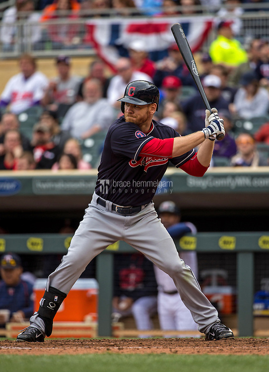 MINNEAPOLIS, MN- APRIL 19: Brandon Moss #44 of the Cleveland Indians bats against the Minnesota Twins on April 19, 2015 at Target Field in Minneapolis, Minnesota. The Twins defeated the Indians 7-2. (Photo by Brace Hemmelgarn) *** Local Caption *** Brandon Moss