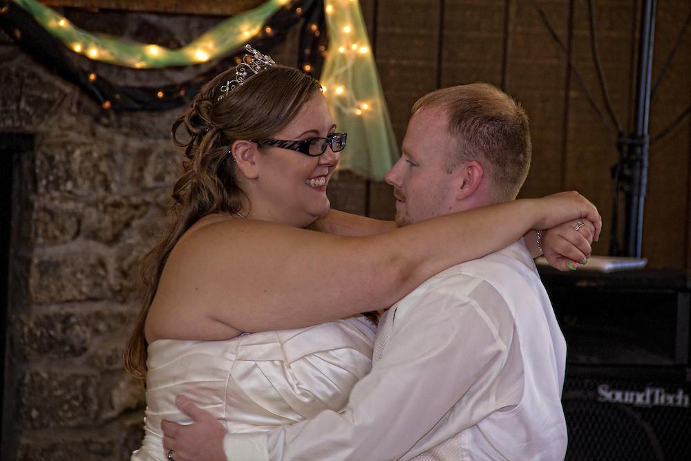 Wedding gallery of Eddie and Mandi howard. 9.20.14