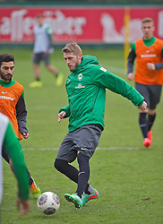 28.03.2014, Trainingsgelaende, Bremen, GER, 1. FBL, Werder Bremen, Training, im Bild Aaron Hunt (Bremen #14) am Ball // Aaron Hunt (Bremen #14) am Ball during a Trainingssession of German Bundesliga Club SV Werder Bremen at the Trainingsgelaende in Bremen, Germany on 2014/03/28. EXPA Pictures © 2014, PhotoCredit: EXPA/ Andreas Gumz<br /> <br /> *****ATTENTION - OUT of GER*****