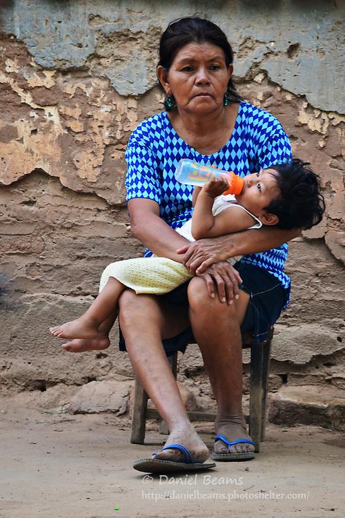 Guarani mother and baby in Yapiroa, Izozog, Santa Cruz, Bolivia