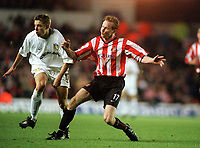 Jody Craddock (Sunderland) and Alan Smith (Leeds), Leeds Utd v Sunderland, 16/12/2000. Credit Colorsport / Andrew Cowie.