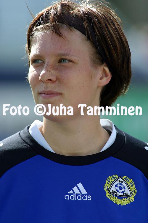 15.05.2004, Pallokentt?, Helsinki, Finland..UEFA Women's European Championship qualifying match, Finland v Serbia-Montenegro.Miia Niemi - Finland.©Juha Tamminen