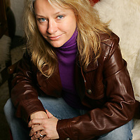 Crystal Chatham/The Desert Sun<br /> <br /> 01/24/2008 -- Singer Shelby Lynne sits for a portrait Thursday, January 24 at The Parker Palm Springs. Her new album Just A Little Lovin' features ten tracks inspired by Dusty Springfield. The album hits stores Tuesday, January 29.