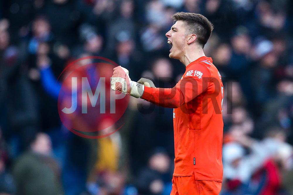 Nick Pope of Burnley celebrates - Mandatory by-line: Robbie Stephenson/JMP - 19/01/2020 - FOOTBALL - Turf Moor - Burnley, England - Burnley v Leicester City - Premier League