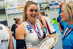 29-09-2018 NED: Supercup Sliedrecht Sport - Eurosped, Sliedrecht<br /> Sliedrecht takes the first price of the new season / Fleur Savelkoel #6 of Sliedrecht Sport