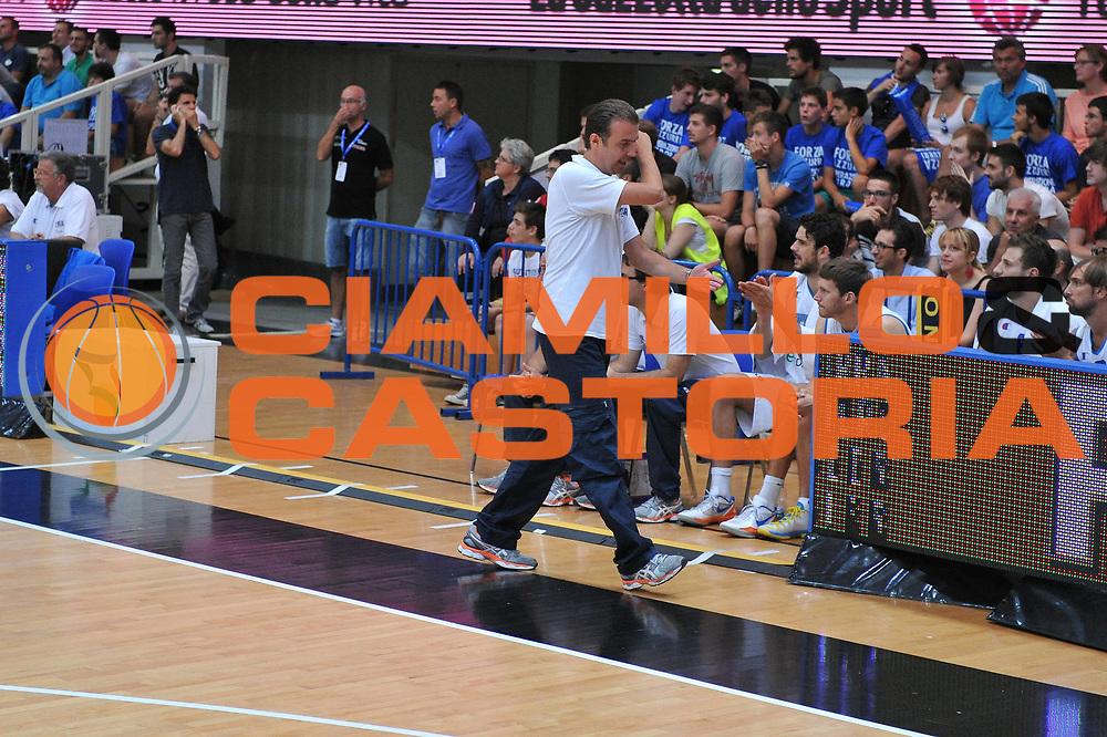 DESCRIZIONE : Trento Trentino Basket Cup Italia Israele<br /> GIOCATORE : simone pianigiani<br /> CATEGORIA :delusione<br /> SQUADRA : Nazionale Italia Maschile<br /> EVENTO :  Trento Trentino Basket Cup<br /> GARA : Italia Israele<br /> DATA : 08/08/2013<br /> SPORT : Pallacanestro<br /> AUTORE : Agenzia Ciamillo-Castoria/M.Gregolin<br /> Galleria : FIP Nazionali 2013<br /> Fotonotizia : Trento Trentino Basket Cup Italia Israele<br /> Predefinita :