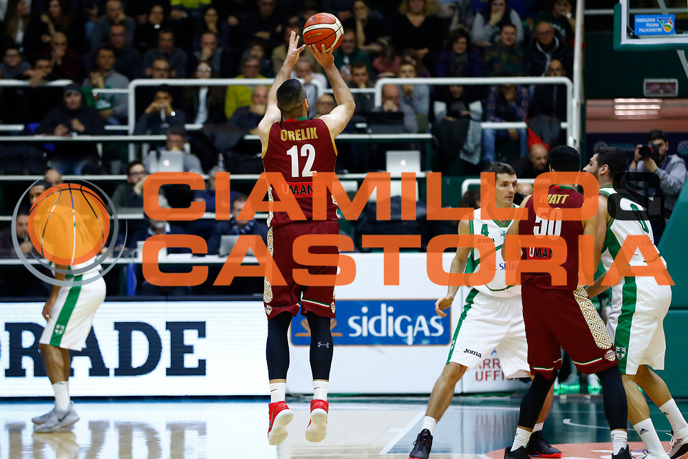 Gediminas Orelik<br /> Sidigas Scandone Avellino - Umana Reyer Venezia<br /> Lega Basket Serie A 2017/2018<br /> Avellino, 02/12/2017<br /> Foto Alfredo De Lise / Ciamillo - Castoria