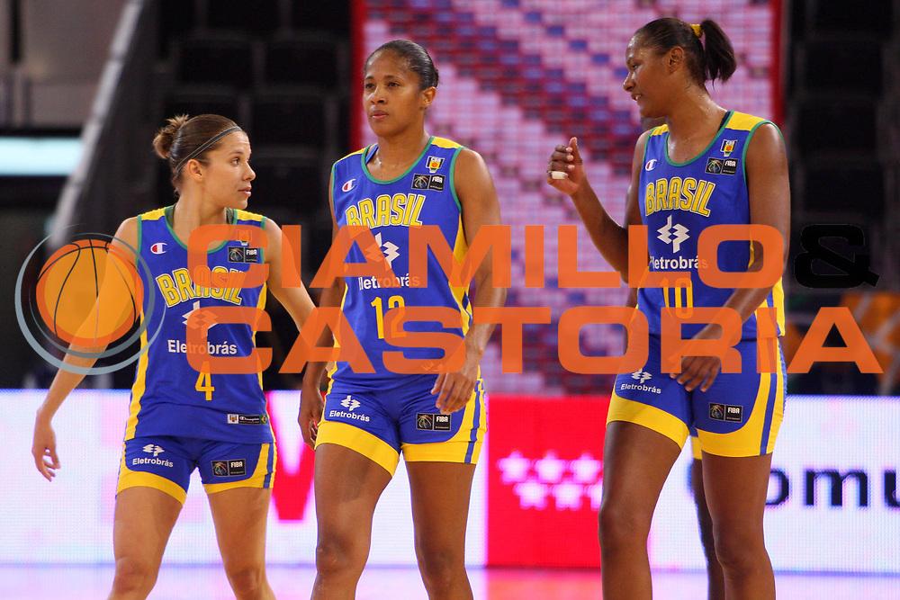DESCRIZIONE : Madrid 2008 Fiba Olympic Qualifying Tournament For Women Semifinals Angola Brazil <br /> GIOCATORE : Natalia Mares Patricia de Oliveira Jucimara Dantas <br /> SQUADRA : Brazil Brasile <br /> EVENTO : 2008 Fiba Olympic Qualifying Tournament For Women <br /> GARA : Angola Brazil Angola Brasile <br /> DATA : 14/06/2008 <br /> CATEGORIA : Ritratto <br /> SPORT : Pallacanestro <br /> AUTORE : Agenzia Ciamillo-Castoria/S.Silvestri <br /> Galleria : 2008 Fiba Olympic Qualifying Tournament For Women<br /> Fotonotizia : Madrid 2008 Fiba Olympic Qualifying Tournament For Women Semifinals Angola Brazil <br /> Predefinita :