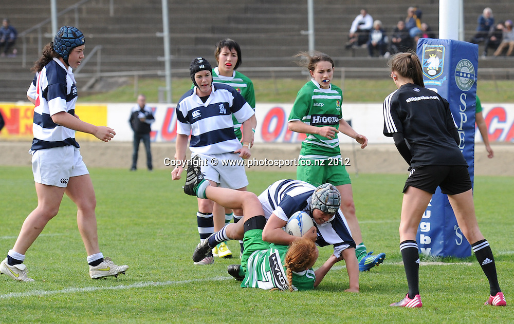 Auckland's Aroha Savage scores a try. Women's Provincial Championship Rugby, Auckland Storm v Manawatu at Western Springs, Auckland on Saturday 22 September 2012. Photo: Harry Cornaga / photosport.co.nz
