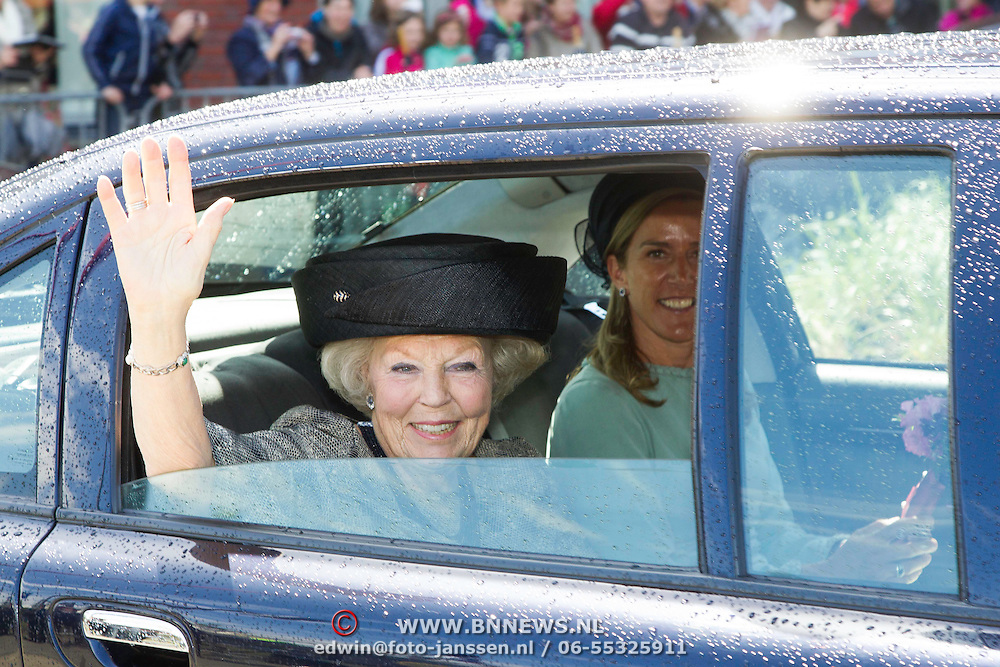 NLD/Putten/20140509 - Prinses Beatrix opent woonzorgcentrum De Schauw in Putten, Prinses Beatrix <br /> <br /> Princess Beatrix opens a new residential care centre for elderly people de Schauw in a town called Putten the Netherlands