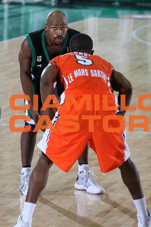 DESCRIZIONE : Avellino Eurolega 2008-09 Air Avellino Le Mans Sarthe Basket<br /> GIOCATORE : Travis Best<br /> SQUADRA : Air Avellino<br /> EVENTO : Eurolega 2008-2009<br /> GARA : Air Avellino Le Mans Sarthe Basket<br /> DATA : 13/11/2008 <br /> CATEGORIA : <br /> SPORT : Pallacanestro <br /> AUTORE : Agenzia Ciamillo-Castoria/E.Castoria