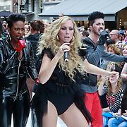 NLD/Amsterdam/20110904 - Grazia PC Catwalk 2011, optreden Adicious