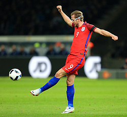 Englands Harry Kane in action - Mandatory by-line: Matt McNulty/JMP - 26/03/2016 - FOOTBALL - Olympiastadion - Berlin, Germany - Germany v England - International Friendly