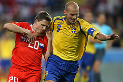 Igor Semshov of Russia (20) vs Fredrik Ljungberg of Sweden (9) during the UEFA EURO 2008 Group D soccer match between Sweden and Russia at Stadion Tivoli NEU, on June 18,2008, in Innsbruck, Austria. Russia won 2:0. (Photo by Vid Ponikvar / Sportal Images)