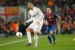 25.01.2012, Stadion Camp Nou, Barcelona, ESP, Copa del Rey, FC Barcelona vs Real Madrid, im Bild Barcelona's Xavi Hernandez and Real Madrid's Cristiano Ronaldo // during the football match of spanish Copy del Rey, between FC Barcelona and Real Madrid at Camp Nou stadium, Barcelona, Spain on 2012/01/25. EXPA Pictures © 2012, PhotoCredit: EXPA/ Alterphotos/ Cesar Cebolla..***** ATTENTION - OUT OF ESP and SUI *****