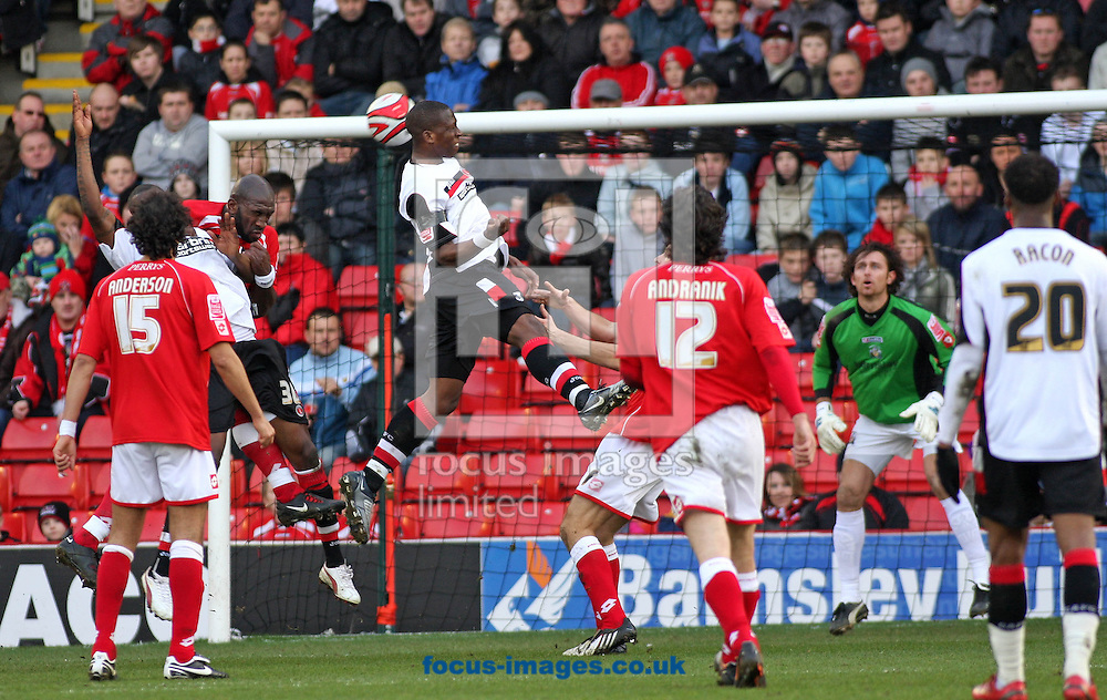 Barnsley - Saturday 21st February 2009 : Chris Dickson of Charlton Athletic goes close with a first half header during the Coca Cola Championship match at Oakwell, Barnsley. (Pic by Steven Price/Focus Images)