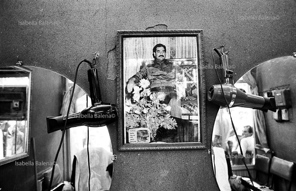 July 1992, Iraq, Baghdad, at the hairdresser, Saddam Hussein icon © ISABELLA BALENA www.isabellabalena.com