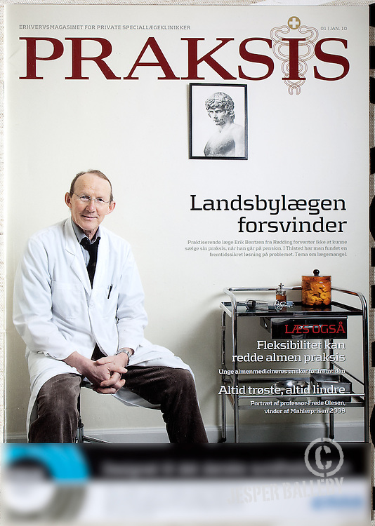 Tearsheets from such media as Die Zeit, Welt am Sonntag, Dagens Medicin,Praksis, Dental, to the top, Ledsager, Gigtforskeren by photographer Jesper Balleby
