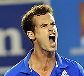 Andy Murray beats Rafael Nadal