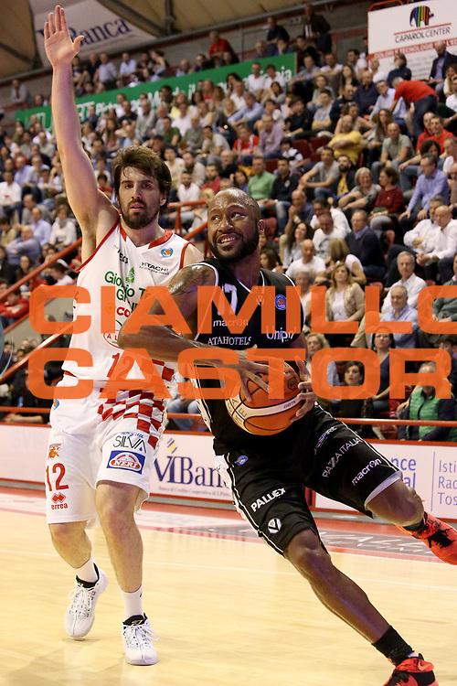 DESCRIZIONE : Campionato 2015/16 Giorgio Tesi Group Pistoia Obiettivo Lavoro Bologna<br /> GIOCATORE : Hasbrouck Kenny <br /> CATEGORIA : Penetrazione<br /> SQUADRA : Obiettivo Lavoro Bologna<br /> EVENTO : LegaBasket Serie A Beko 2015/2016<br /> GARA : Giorgio Tesi Group Pistoia - Obiettivo Lavoro Bologna<br /> DATA : 10/04/2016<br /> SPORT : Pallacanestro <br /> AUTORE : Agenzia Ciamillo-Castoria/S.D'Errico<br /> Galleria : LegaBasket Serie A Beko 2015/2016<br /> Fotonotizia : Campionato 2015/16 Giorgio Tesi Group Pistoia - Obiettivo Lavoro Bologna<br /> Predefinita :