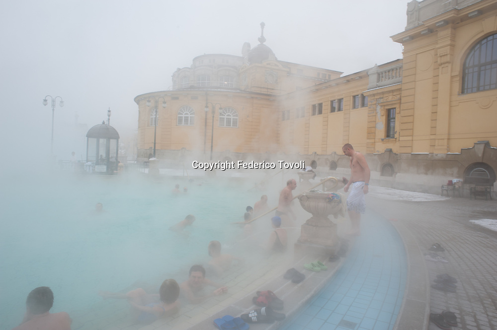 Hungary, Budapest. In Winter in the pool of the Habsburg era Szezhenyl