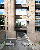 Balfron Tower and Carradale House in Lodnon by Erno Goldfinger