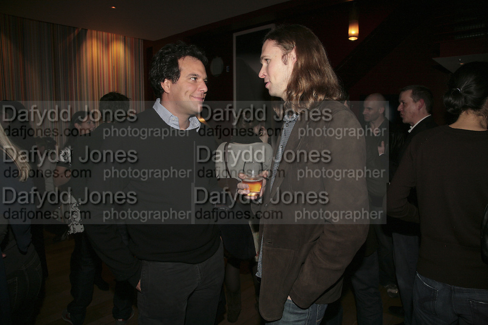 BRENT HOBERMAN AND MICHAEL BIRCH, FOUNDER OF BEBO, Launch of Ziv Navoth's book Ð Nanotales. The Groucho Club, London. 22 February 2007. t -DO NOT ARCHIVE-© Copyright Photograph by Dafydd Jones. 248 Clapham Rd. London SW9 0PZ. Tel 0207 820 0771. www.dafjones.com.