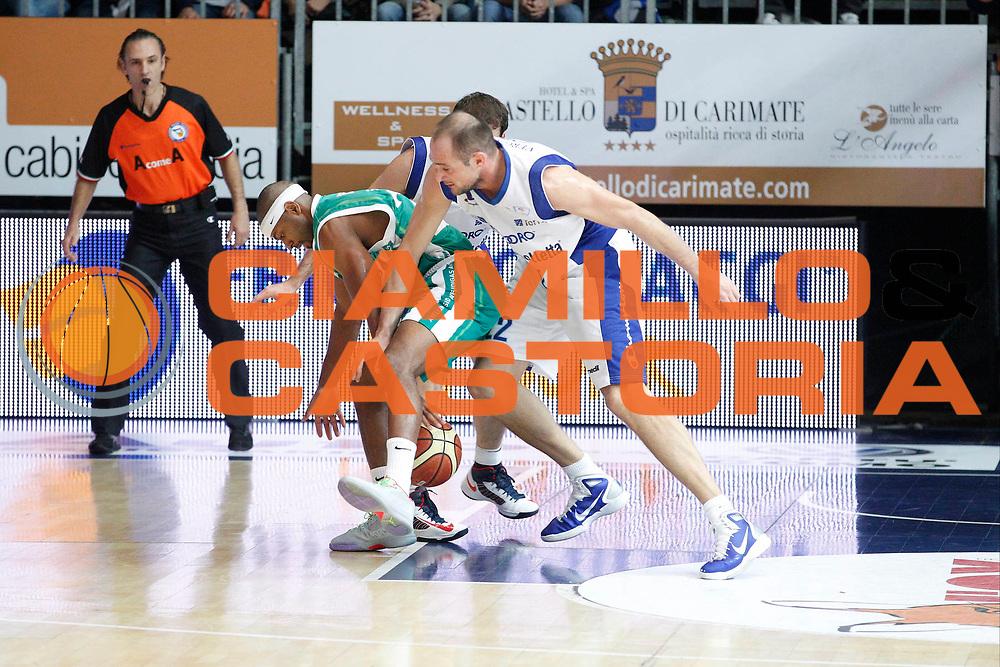 DESCRIZIONE : Cantu Lega A 2012-13 Che Bolletta Cantu Sidigas Avellino<br /> GIOCATORE : Mustafa Shakur<br /> CATEGORIA : Palleggio<br /> SQUADRA : Che Bolletta Cantu<br /> EVENTO : Campionato Lega A 2012-2013<br /> GARA : Che Bolletta Cantu Enel Brindisi<br /> DATA : 04/11/2012<br /> SPORT : Pallacanestro <br /> AUTORE : Agenzia Ciamillo-Castoria/G.Cottini<br /> Galleria : Lega Basket A 2012-2013  <br /> Fotonotizia : Cantu Lega A 2012-13 Che Bolletta Cantu Sidigas Avellino<br /> Predefinita :