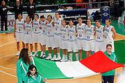 DESCRIZIONE : Priolo Additional Qualification Round Eurobasket Women 2009 Italia Belgio<br /> GIOCATORE : Team Nazionale Italia Donne<br /> SQUADRA : Nazionale Italia Donne<br /> EVENTO : Qualificazioni Eurobasket Donne 2009<br /> GARA : Italia Belgio<br /> DATA : 16/01/2009<br /> CATEGORIA : Ritratto<br /> SPORT : Pallacanestro<br /> AUTORE : Agenzia Ciamillo-Castoria/G.Pappalardo<br /> Galleria : Fip Nazionali 2009<br /> Fotonotizia : Priolo Additional Qualification Round Eurobasket Women 2009 Italia Belgio<br /> Predefinita :