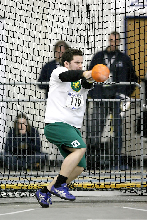Windsor, Ontario ---13/03/09--- \cis\ competes in the men's weight throw at the CIS track and field championships in Windsor, Ontario, March 13, 2009..Sean Burges Mundo Sport Images