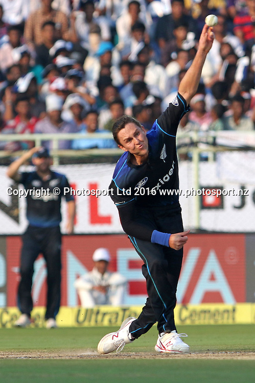 Trent Boult of New Zealand sends down a delivery during the 5th One Day International match (ODI) between India and New Zealand held at the Dr. Y.S. Rajasekhara Reddy ACA-VDCA Cricket Stadium in Visakhapatnam on the 29th October 2016.<br /> Copyright photo: www.photosport.nz