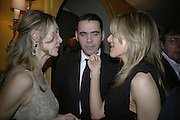 Allegra Hicks, Roland Mouret and Kim Hersov ( ? ) ,  Charles Finch and Chanel 7th Anniversary Pre-Bafta party to celebratew A Great Year of Film and Fashiont at Annabel's. Berkeley Sq. London W1. 10 February 2007. -DO NOT ARCHIVE-© Copyright Photograph by Dafydd Jones. 248 Clapham Rd. London SW9 0PZ. Tel 0207 820 0771. www.dafjones.com.