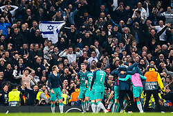 Tottenham Hotspur celebrate victory over Manchester City as a Tottenham Hotspur fan waves an Israel flag - Mandatory by-line: Robbie Stephenson/JMP - 17/04/2019 - FOOTBALL - Etihad Stadium - Manchester, England - Manchester City v Tottenham Hotspur - UEFA Champions League Quarter Final 2nd Leg