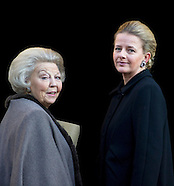 PRINCESS MABEL EN BEATRIX PRINCE CLAUS PRICE