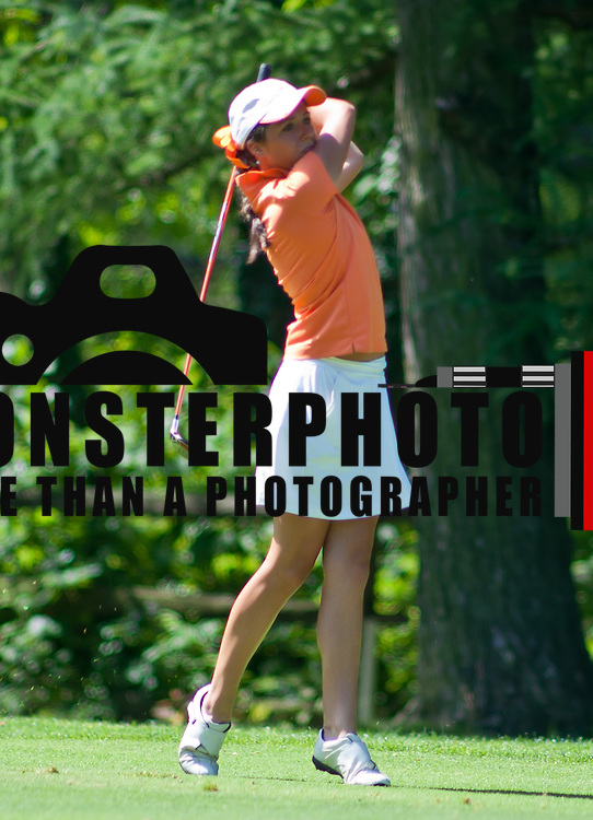 06/30/11 Newark DE: Golfer Emma Sills (18) hits the ball towards hole 12 during round two of the DSGA and DWGA junior golf championships Thursday, June 30, 2011 at Newark Country Club in Newark Delaware.