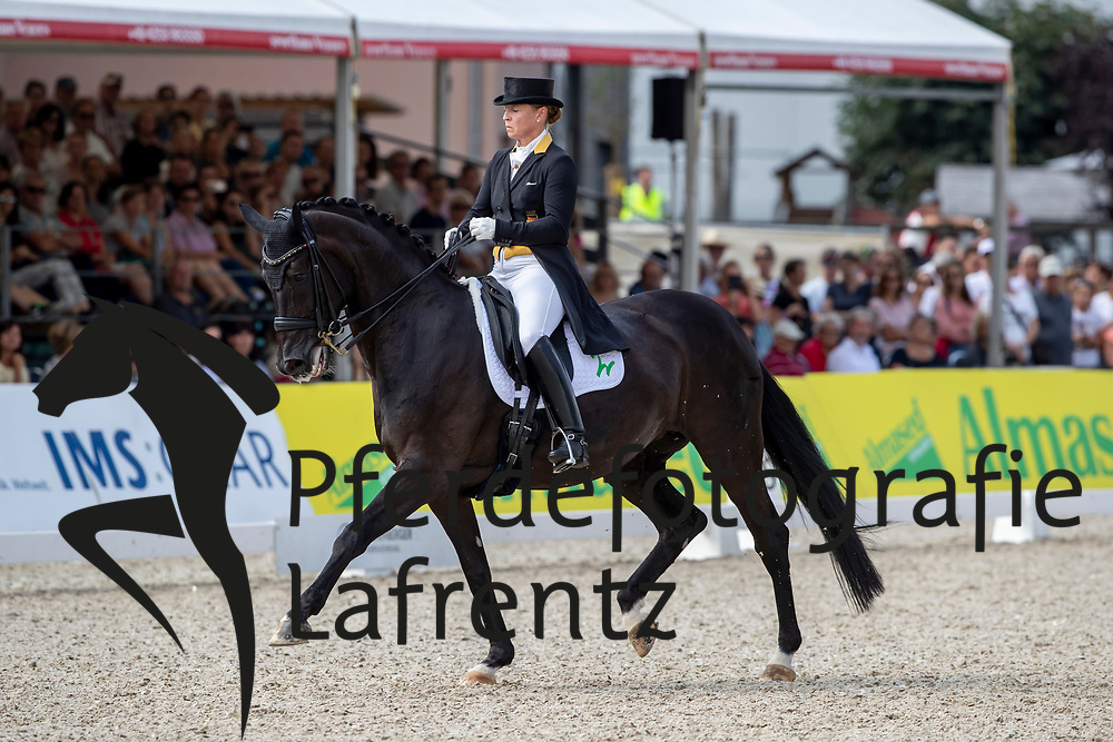 WERTH Isabell (GER), Weihegold OLD<br /> Donaueschingen - CHI 62. Internationales S.D. Fürst Joachim zu Fürstenberg-Gedächtnisturnier 2018<br /> Grand Prix Special<br /> Meggle Preis<br /> 19. August 2018<br /> © www.sportfotos-lafrentz.de/Stefan Lafrentz