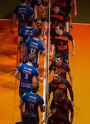 17-04-2016 NED: Play off finale Abiant Lycurgus - Seesing Personeel Orion, Groningen<br /> Abiant Lycurgus is door het oog van de naald gekropen tijdens het eerste finaleduel om het landskampioenschap. De Groningers keken in een volgepakt MartiniPlaza tegen een 0-2 achterstand aan tegen Seesing Personeel Orion, maar mede dankzij invaller Gino Naarden kwam Lycurgus langszij en pakte het de wedstrijd met 3-2 / Stijn Held #3 of Orion, Auke van de Kamp #5 of Lycurgus, Tom Kottink #6 of Orion