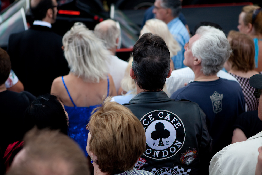 The crowd gathers in anticipation for the arrival of legendary rockabilly star, Gene Summers