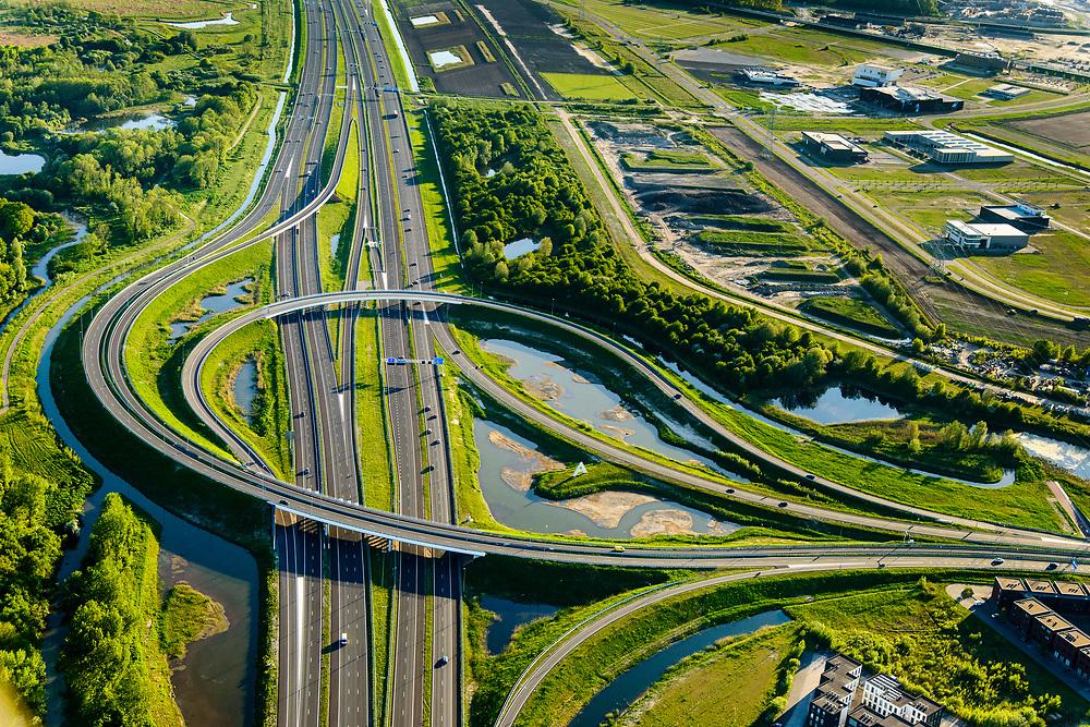Nederland, Flevoland, Almere, 07-05-2018; Almere-Poort, knooppunt Gooimeer, A6.  Onderdeel van het project Schiphol - Amsterdam - Almere (SAA)<br /> <br /> luchtfoto (toeslag op standard tarieven);<br /> aerial photo (additional fee required);<br /> copyright foto/photo Siebe Swart