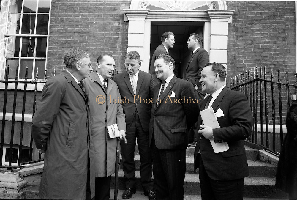 23/03/1966<br /> 03/23/1966<br /> 23 March 1966<br /> Regional Game Councils meet Minister for Lands at Department of Lands, Dublin. Mr Michael O Moarain, Minister for Lands met representatives of 24 Regional Game Councils. Also present were officials of the Department including Mr Timothy O'Brien, Secretary Dept. of Lands; P.S. VA Laoghaire and S.P. Mac Piarais, Assistant Secretary.  Picture shows Mr O' Morain, Minister for Lands (4th from left) chatting with (l-r): Mr John Dring, Chairman, Cork Regional Game Council; Mr Barry Flahive, Secretary, Cork Regional Game Council; Mr. Tim O'Brien, Secretary, Dept. Of Lands; Mr. G.E. Johnston, Chairman, Limerick Regional Game Council and Mr Gerard Hayes, Secretary Limerick Regional Game Council after the meeting.