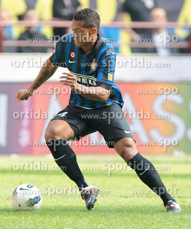 01.04.2012, Stadion Giuseppe Meazza, Mailand, ITA, Serie A, Inter Mailand vs FC Genua 1893, 30. Spieltag, im Bild Fredy Guarin Inter // during the football match of Italian 'Serie A' league, 30Xth round, between Inter Mailand and FC Genua 1893 at Stadium Giuseppe Meazza, Milan, Italy on 2012/04/01. EXPA Pictures © 2012, PhotoCredit: EXPA/ Insidefoto/ Paolo Nucci..***** ATTENTION - for AUT, SLO, CRO, SRB, SUI and SWE only *****