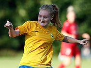 FODBOLD: Amber Hansen (Ølstykke FC) under træningskampen mellem Ølstykke FC og BSF den 10. august 2017 på Ølstykke Idrætsanlæg. Foto: Claus Birch