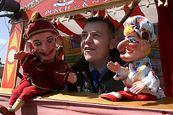 May bank holiday, Wayne Burns or Professor Burnelia the Punch and Judy man, May 1, 2000. Photo by Andrew Parsons / i-images..