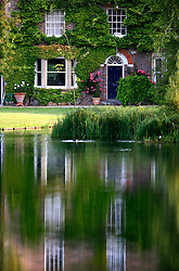 UK ENGLAND WEST BERKSHIRE HUNGERFORD 26JUN08 - A mansion built by the river Kennet in  Hungerford in West Berkshire, western England...jre/Photo by Jiri Rezac / WWF UK..© Jiri Rezac 2008..Contact: +44 (0) 7050 110 417.Mobile:  +44 (0) 7801 337 683.Office:  +44 (0) 20 8968 9635..Email:   jiri@jirirezac.com.Web:     www.jirirezac.com..© All images Jiri Rezac 2008 - All rights reserved.