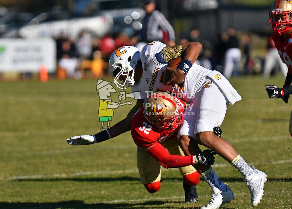 NCAA Football: #6 Chattanooga outlasts plucky VMI, 33-27